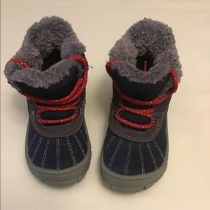 Osh Kosh boys blue snow boots. 9